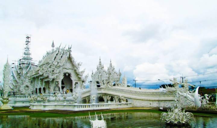 THAILANDIA-TEMPIO-BIANCO