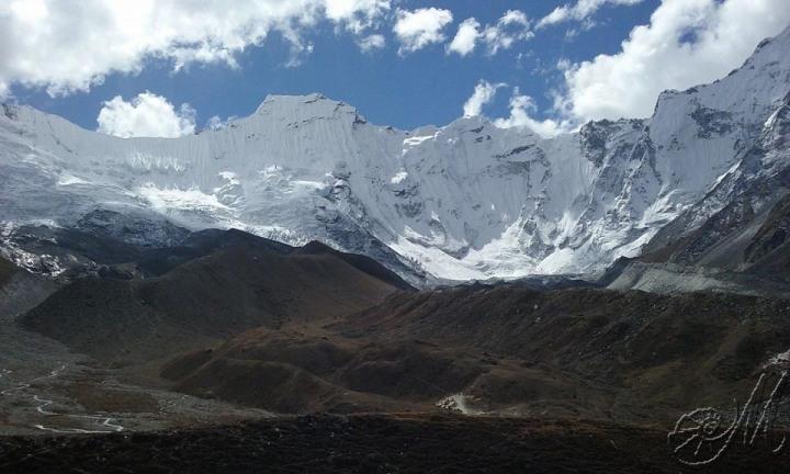 Il ghiacciaio del Lothse