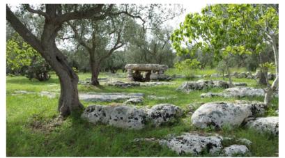 dolmen stabile (Giuggianello)